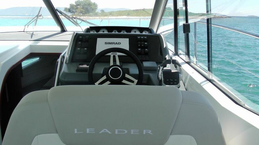 Leader 36 (No name)  - 14