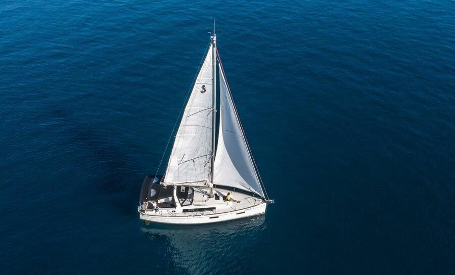 Oceanis 38.1 (Cvita)  - 0