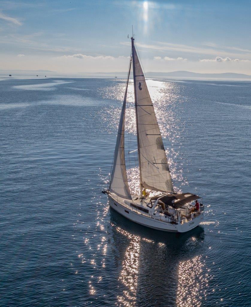 Oceanis 38.1 (Cvita)  - 4