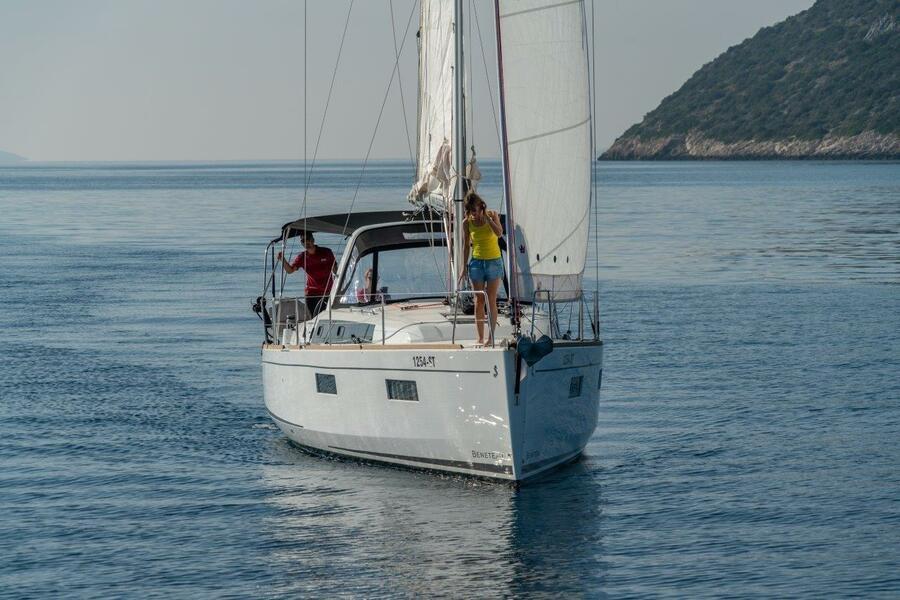 Oceanis 38.1 (Cvita)  - 5