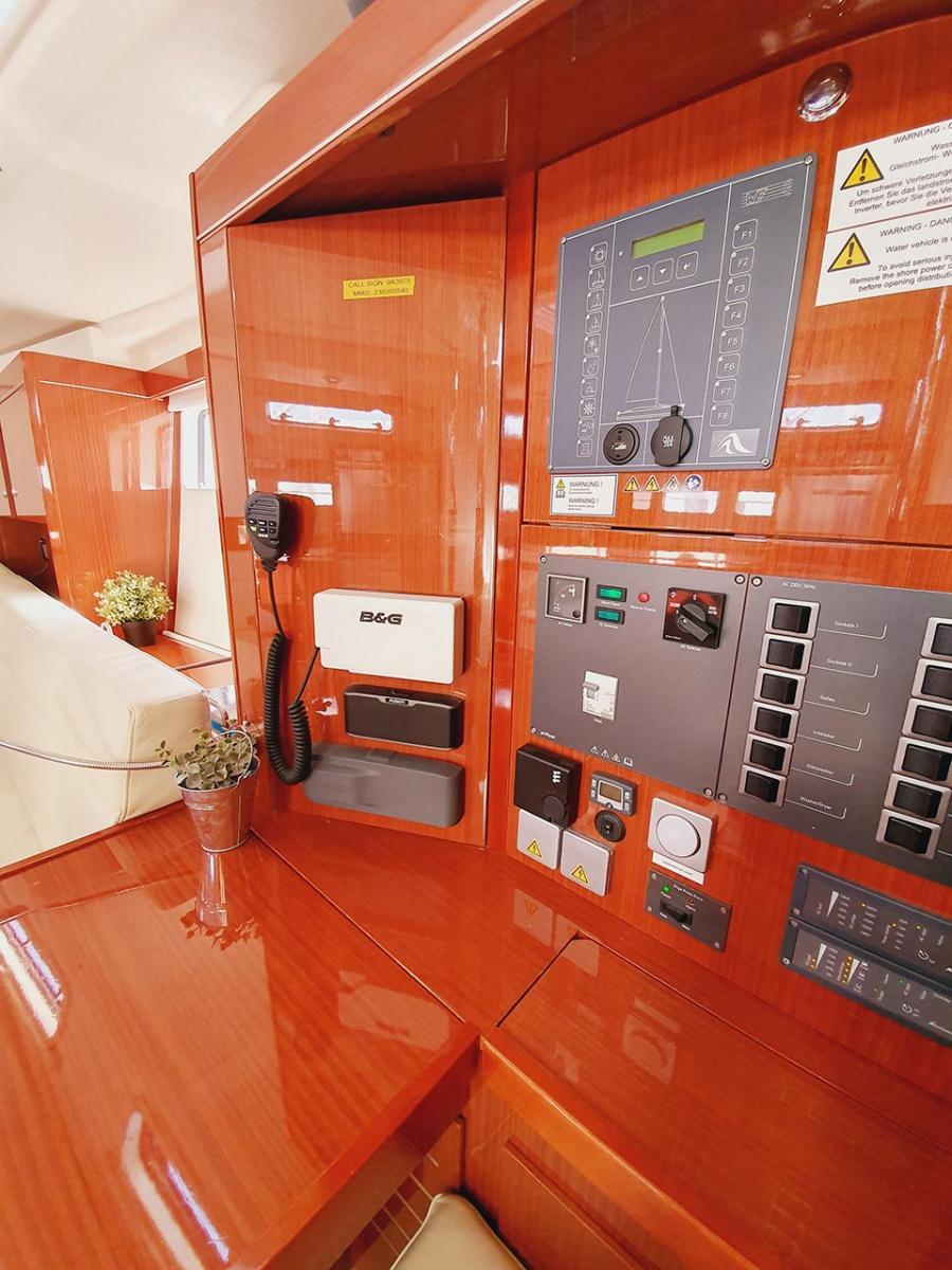 Hanse 505 - 5 + 1 cab. (Skyline)  - 14