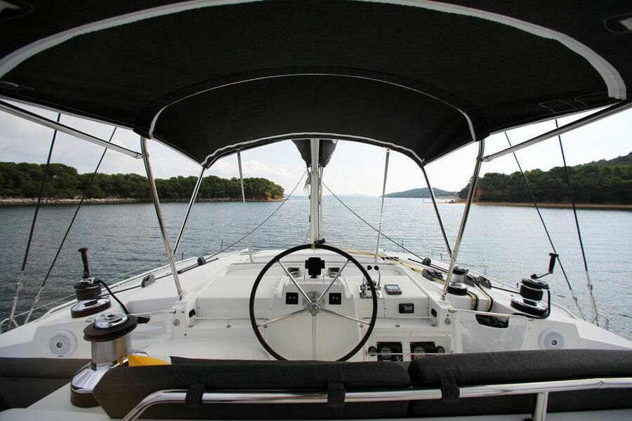 Lagoon 440 - 4 + 2 cab. (Unique)  - 8