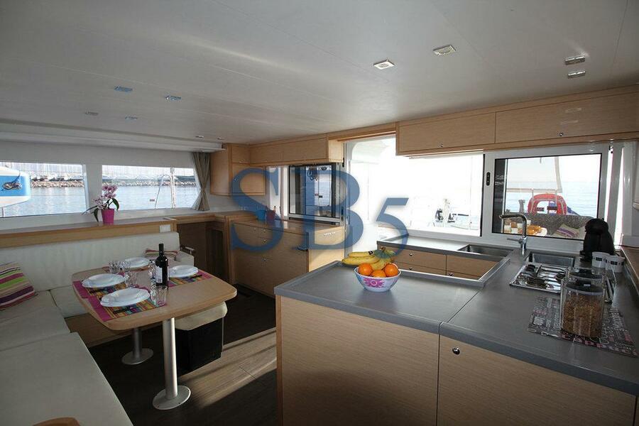 Lagoon 450 - 4 + 2 cab. (Sailing Blue 5 (Air conditioned))  - 8
