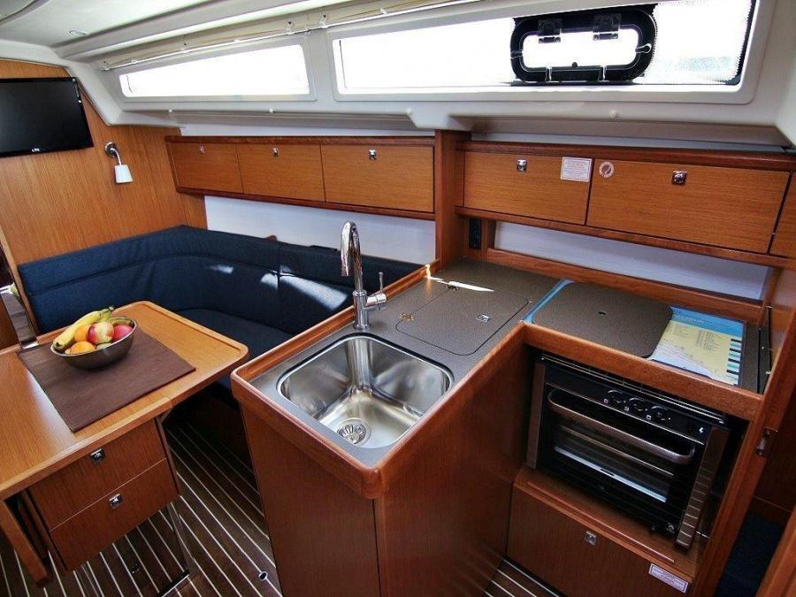 Bavaria Cruiser 34 (Vita)  - 9