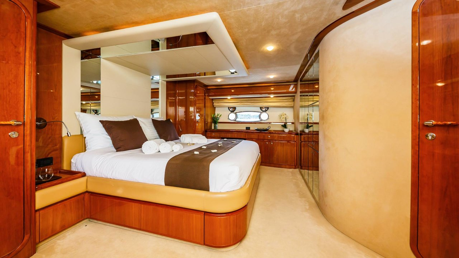 Ferretti Yachts 760 (Quo Vadis I)  - 14
