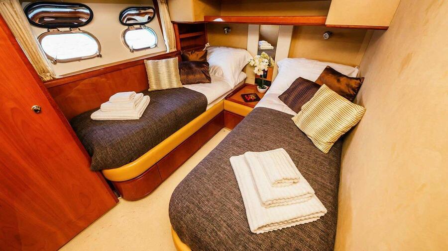 Ferretti Yachts 760 (Quo Vadis I)  - 17