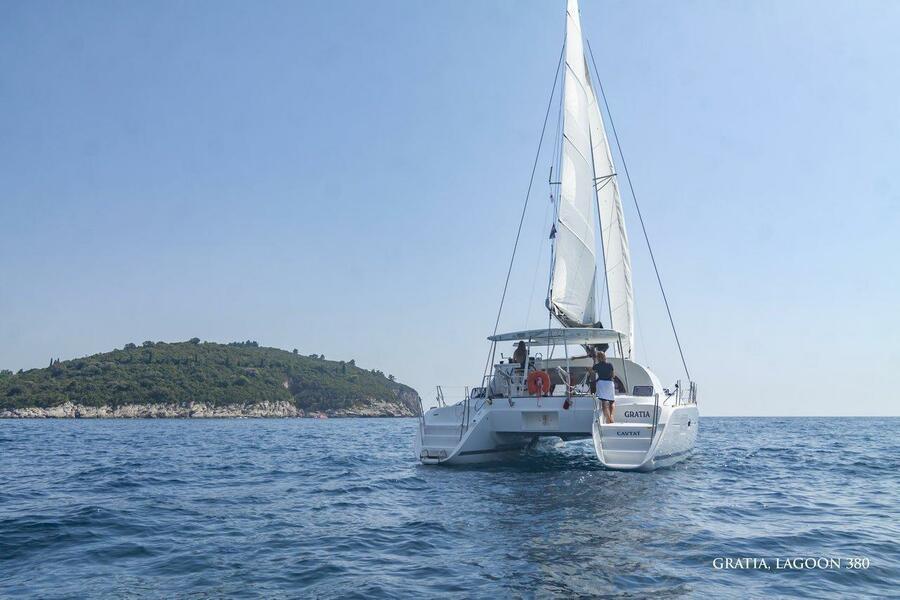 Lagoon 380 - 4 cab. (GRATIA)  - 2