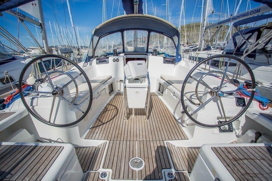 Sun Odyssey - DOUBLE CABIN (Sailing school - double cabin)  - 1