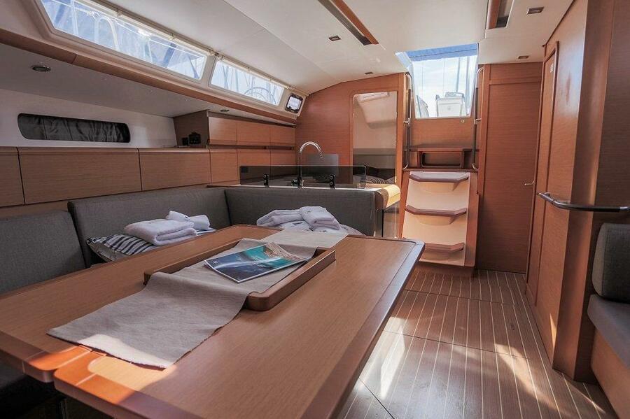 Sun Odyssey - DOUBLE CABIN (Sailing school - double cabin)  - 3