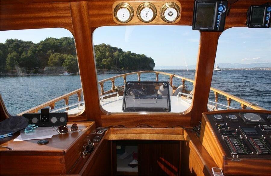 Yacht LUKA (Luka)  - 12