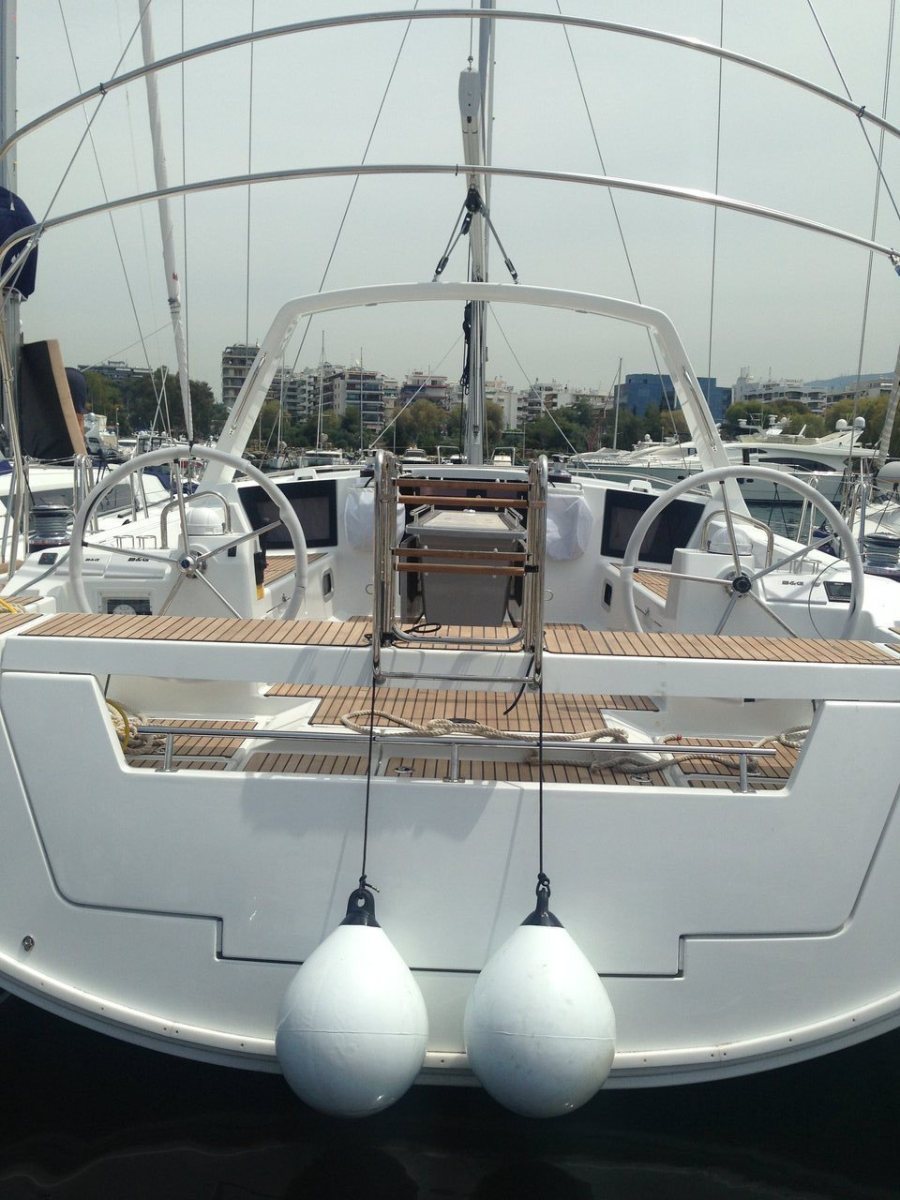 Oceanis 45 - 4 cab. (Aeolian Wind)  - 2