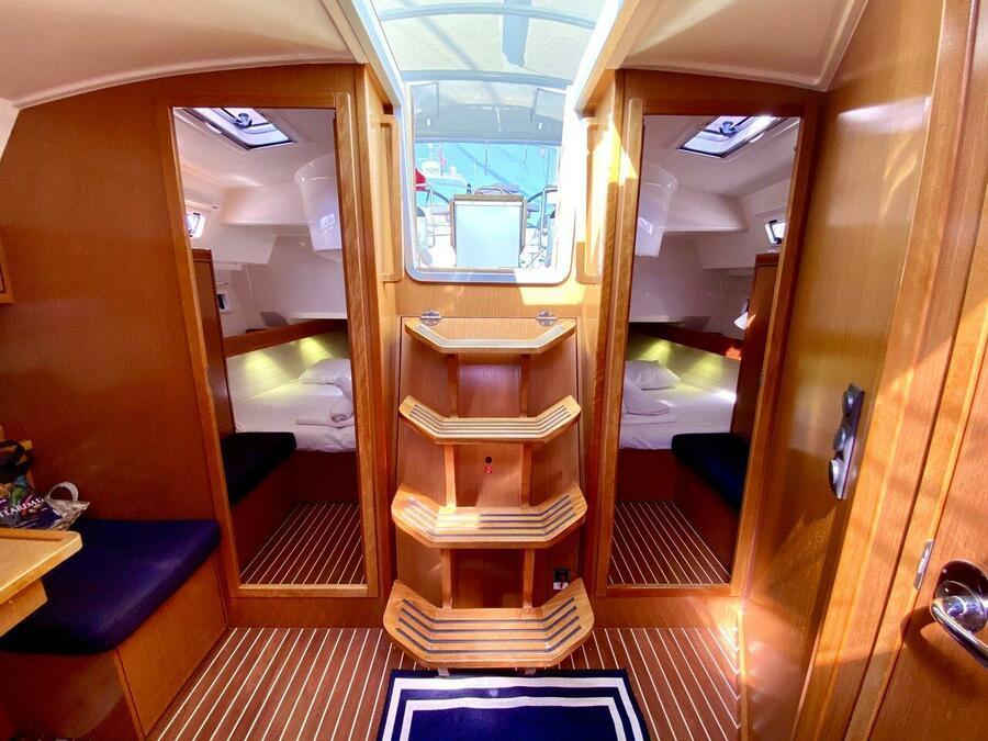 Bavaria Cruiser 40 (Priceless)  - 19