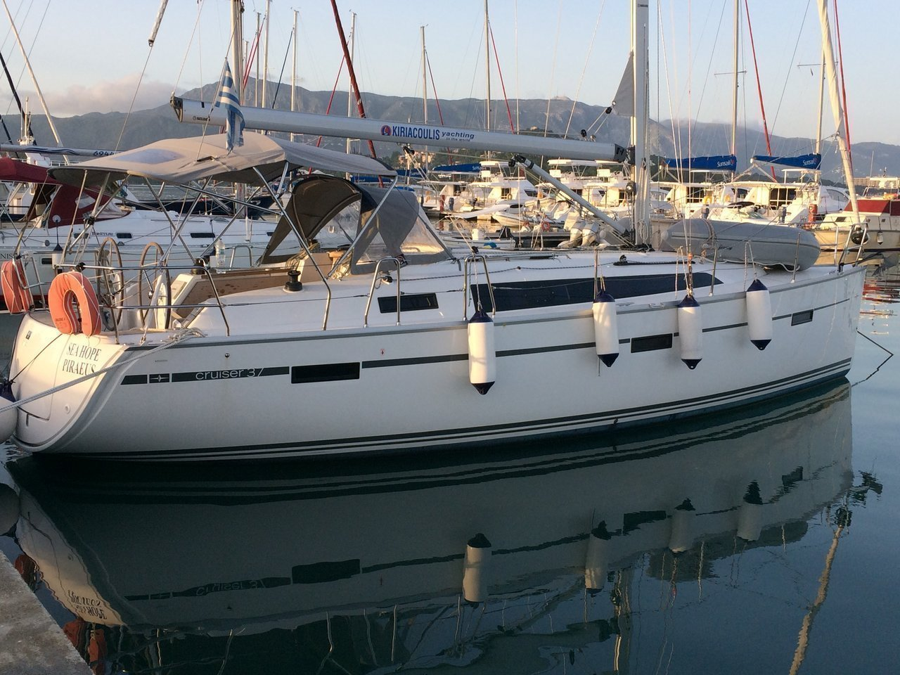 Bavaria Cruiser 37 - 3 cab. (Sea Hope)  - 0