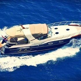Lav Boat