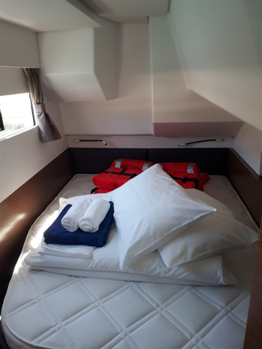 Fountaine Pajot MY 37 - 3 cab. (MY holiday)  - 3