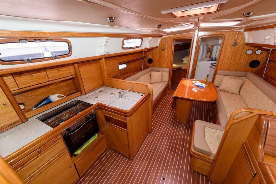 Bavaria 37 Cruiser (Katarina)  - 2