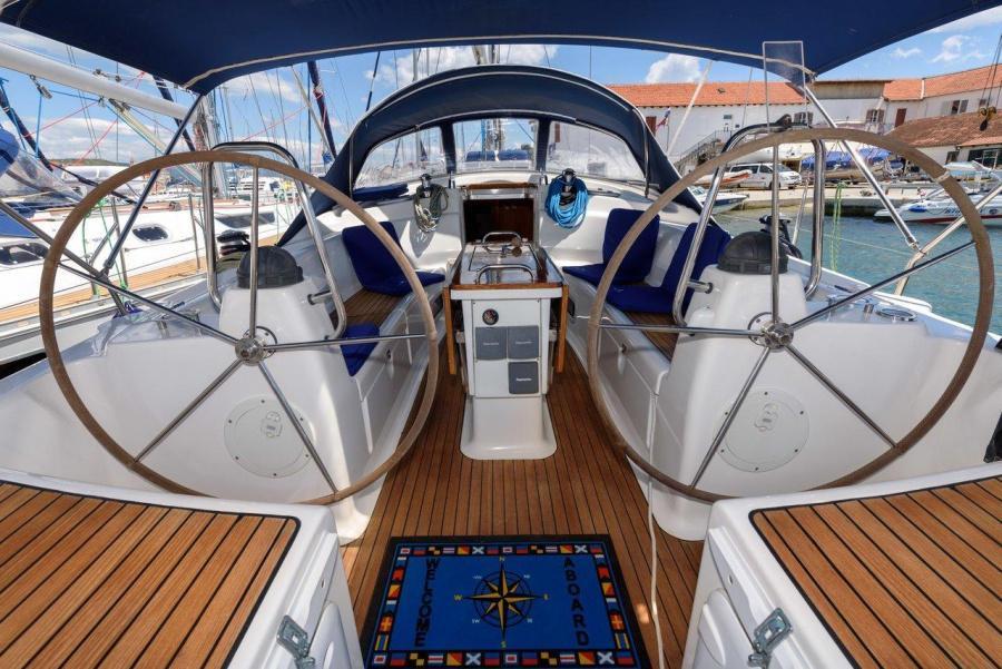 Bavaria 42 Cruiser (Blue Queen)  - 0