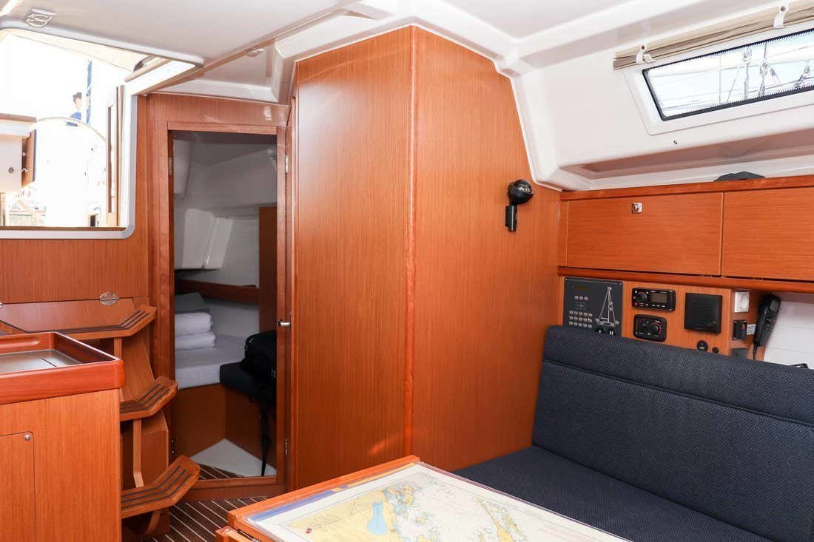 Bavaria Cruiser 34 (Aria)  - 12