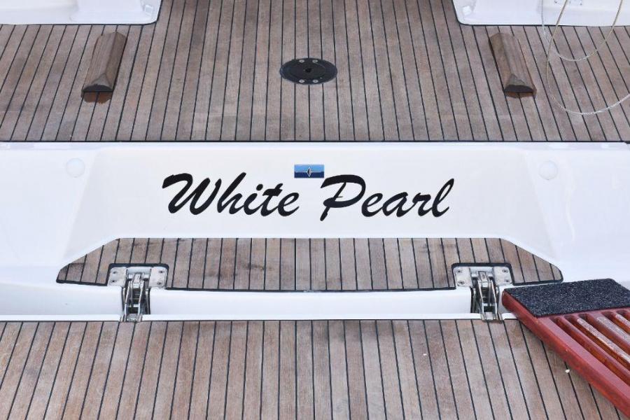 Bavaria Cruiser 37 - 2 cab. (White Pearl )  - 19