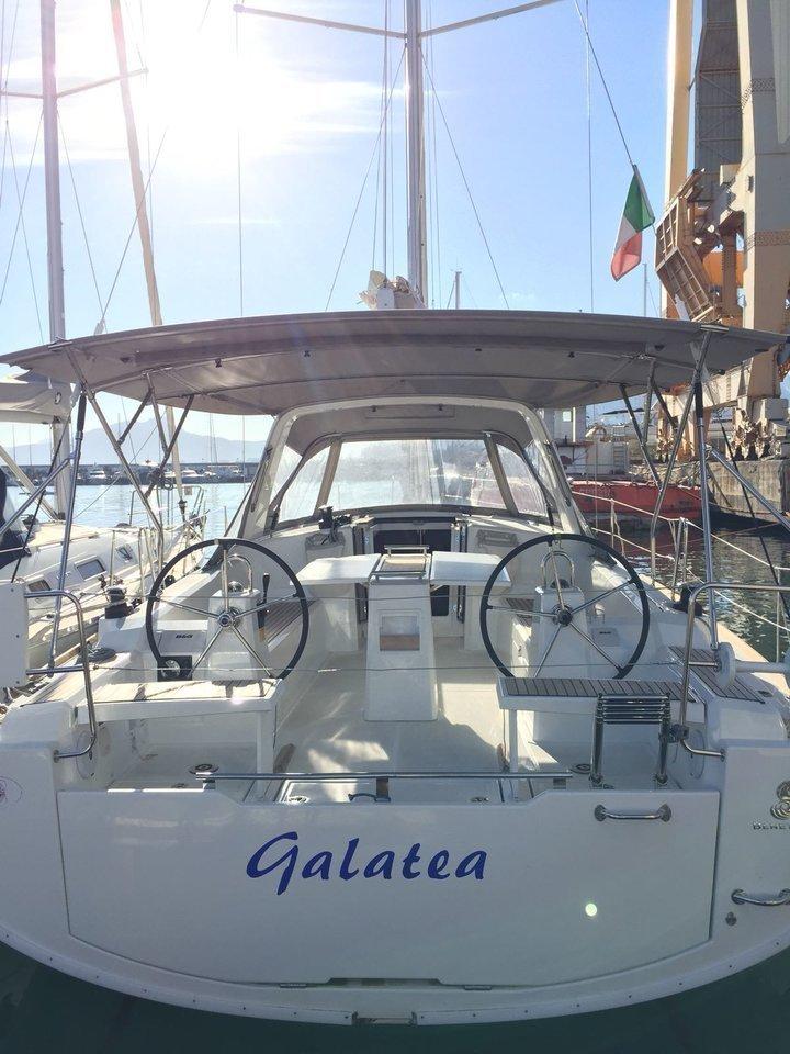 Oceanis 38.1 (Galatea)  - 4