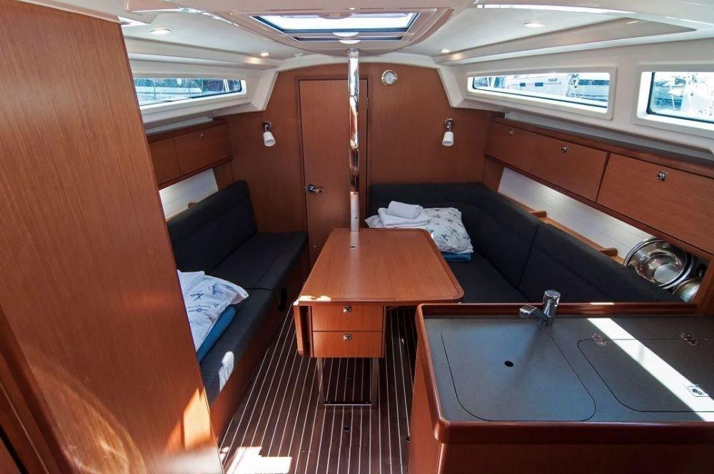 Bavaria Cruiser 34 (Adria Tina)  - 8