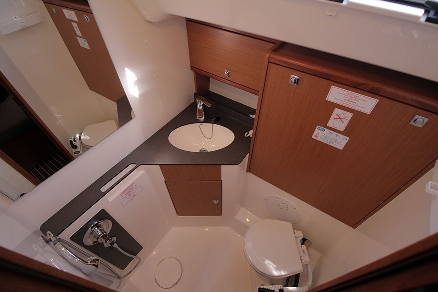 Bavaria Cruiser 46 - 4 cab. (Casino Royale)  - 11