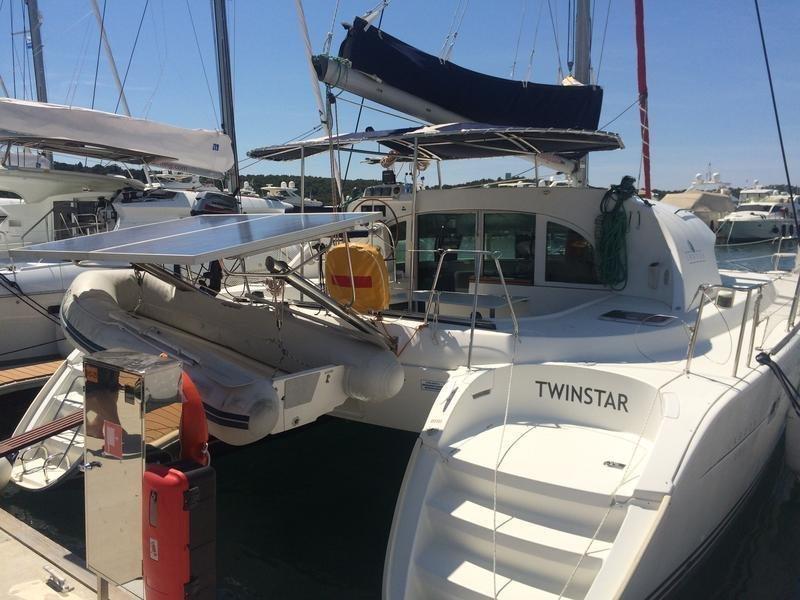 Lagoon 380 - 4 + 2 cab. (Twin Star)  - 0