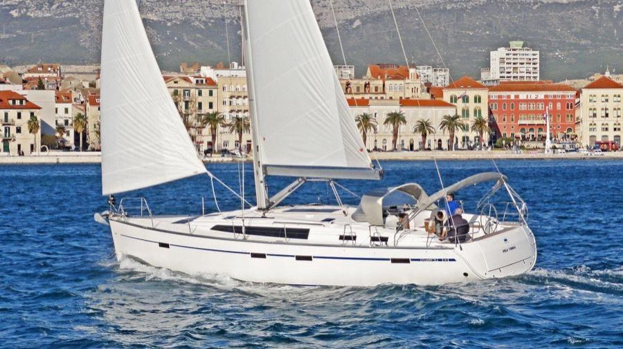 Bavaria Cruiser 51 (Vela Tonka)  - 3