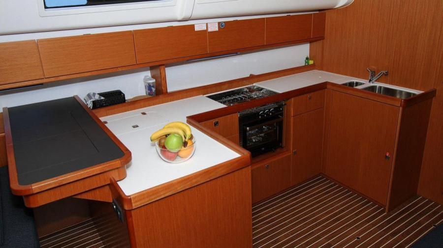 Bavaria Cruiser 51 (Vela Tonka)  - 11