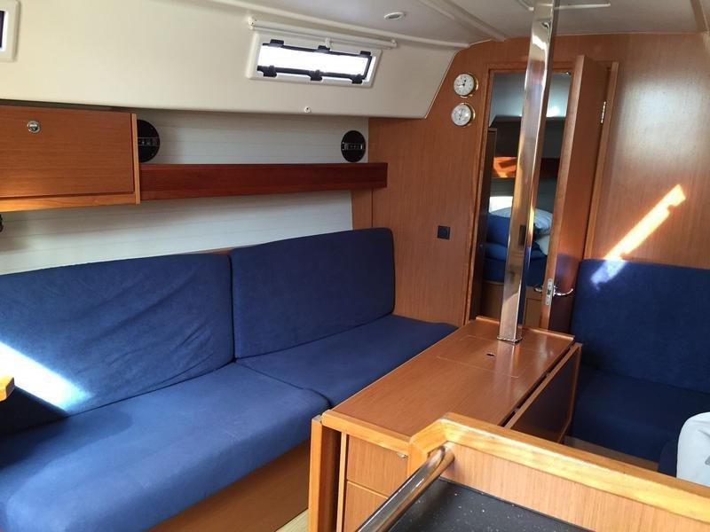 Bavaria Cruiser 33 (Ivo)  - 3