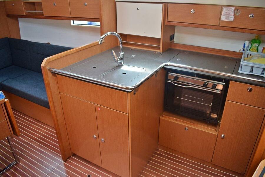 Bavaria Cruiser 36 (Pišćena)  - 9