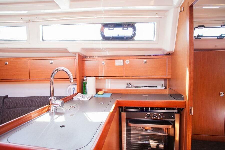 Bavaria Cruiser 34 (Take Five)  - 11
