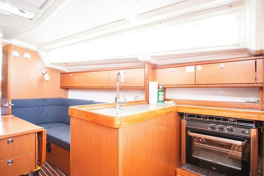 Bavaria Cruiser 34 (Valdo)  - 5