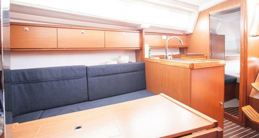 Bavaria Cruiser 34 (Valdo)  - 6