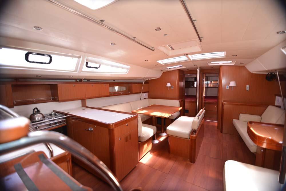 Oceanis 54 - 4 + 1 cab. (Captain John)  - 11