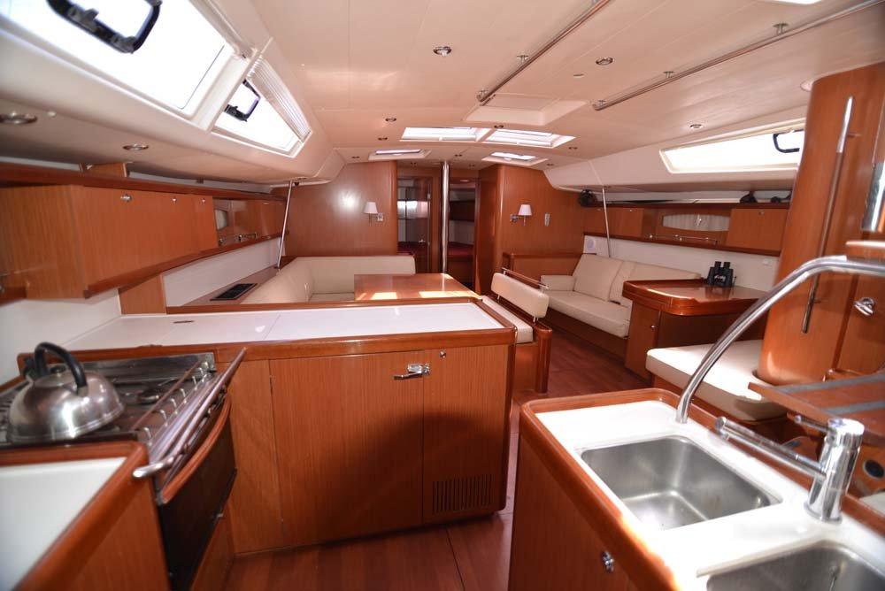 Oceanis 54 - 4 + 1 cab. (Captain John)  - 12