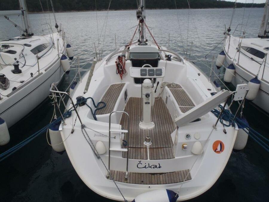 Sun Odyssey 32i (Čikat)  - 0