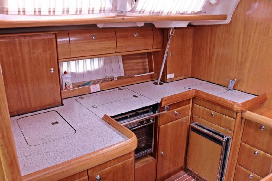 Bavaria 46 Cruiser (Maestral)  - 7