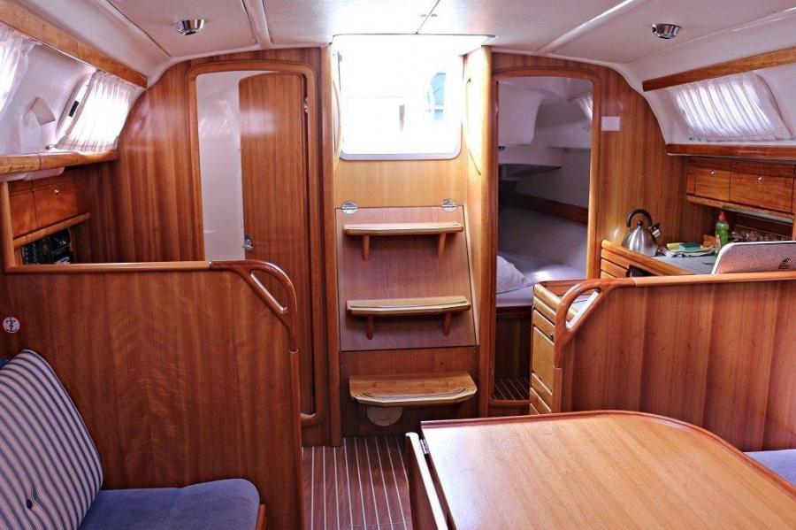 Bavaria 33 Cruiser (Mara)  - 3