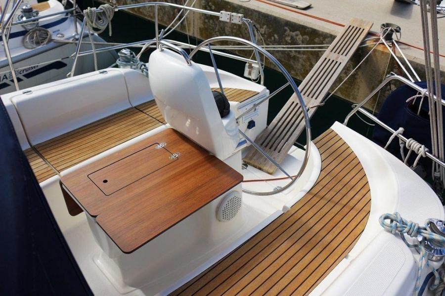 Bavaria 33 Cruiser (Frana)  - 2