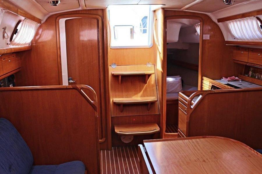 Bavaria 33 Cruiser (Frana)  - 3