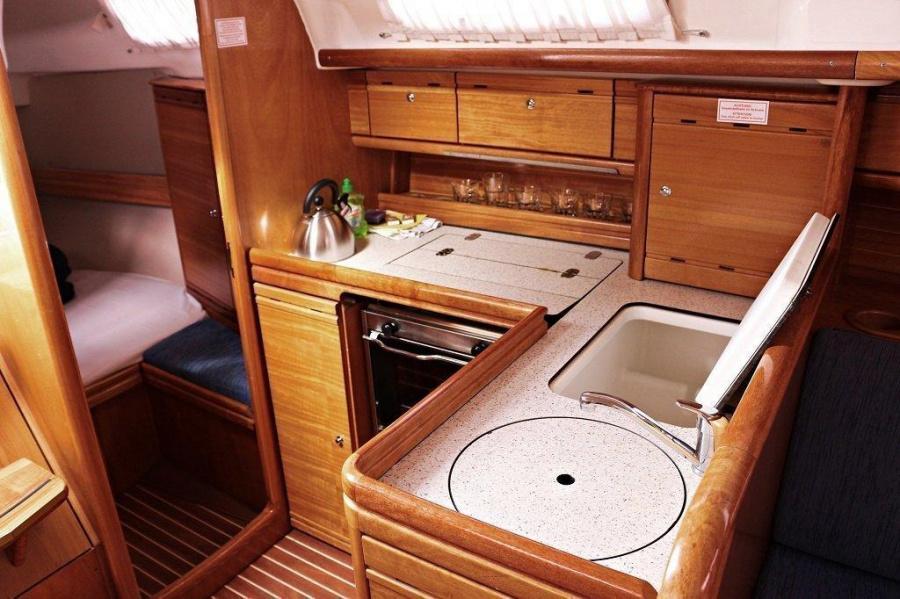 Bavaria 33 Cruiser (Frana)  - 5