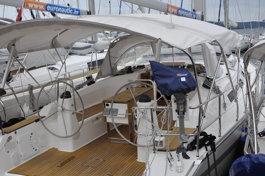Bavaria Cruiser 40 (Joy)  - 5