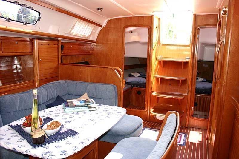 Bavaria 39 Cruiser (Vana)  - 8