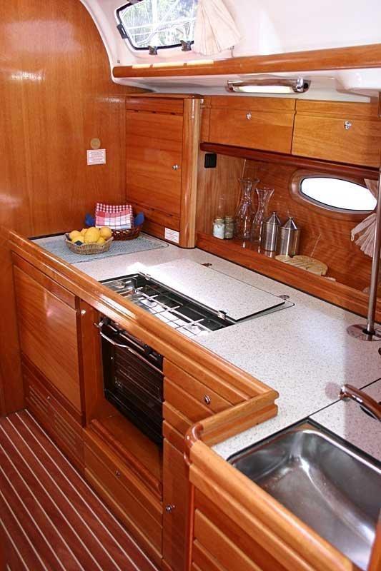 Bavaria 39 Cruiser (Vana)  - 11