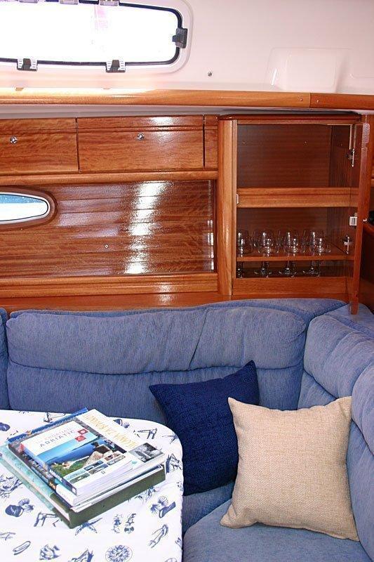 Bavaria 39 Cruiser (Vana)  - 12