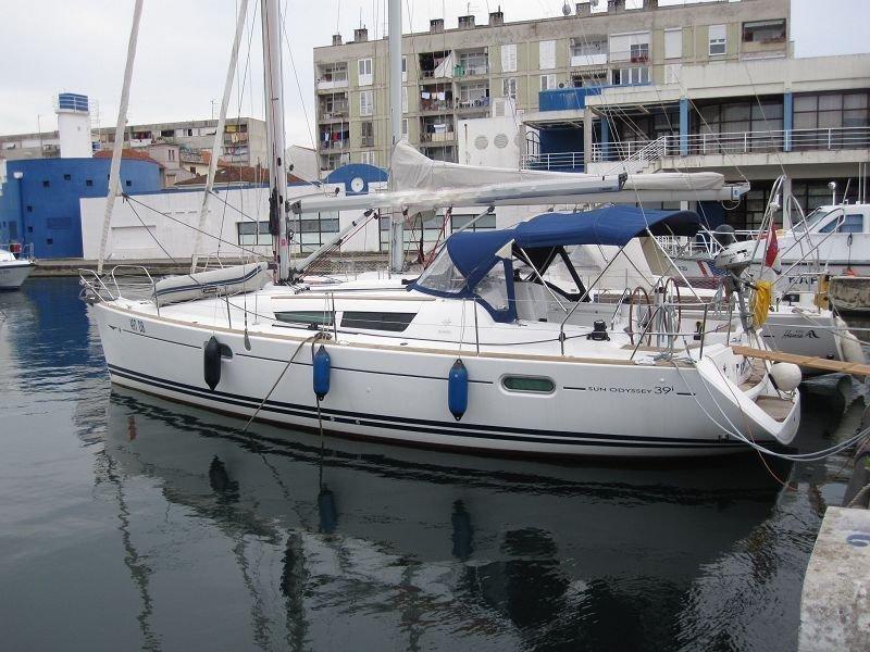 Sun Odyssey 39i (Arielle)  - 2