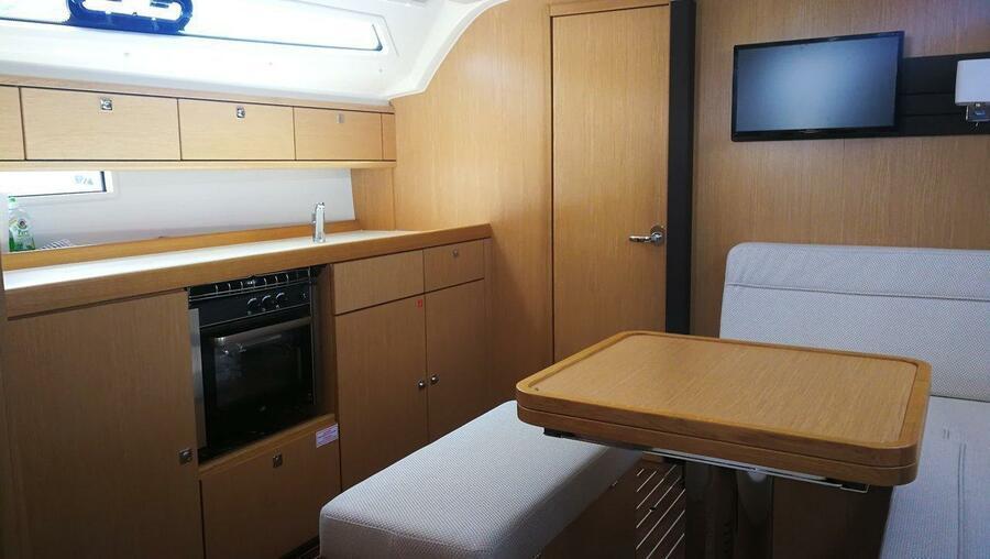 Bavaria Cruiser 41 Style (Eva)  - 5
