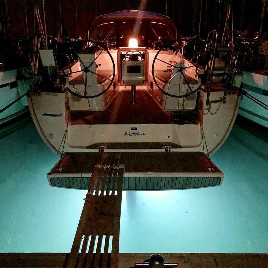 Bavaria Cruiser 37 - 3 cab. (Baby Panda- A/C (sh power), underwater lights)  - 8