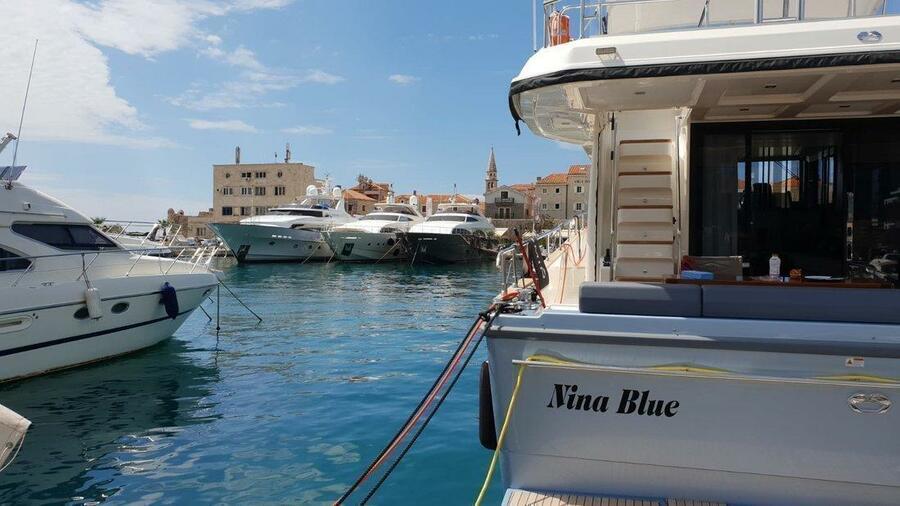 Nina Blue - 1
